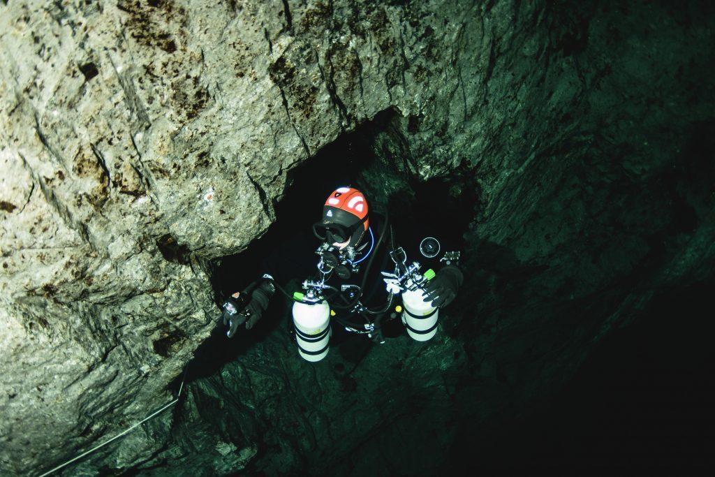 Det er også veldig praktisk ved grottedykking
